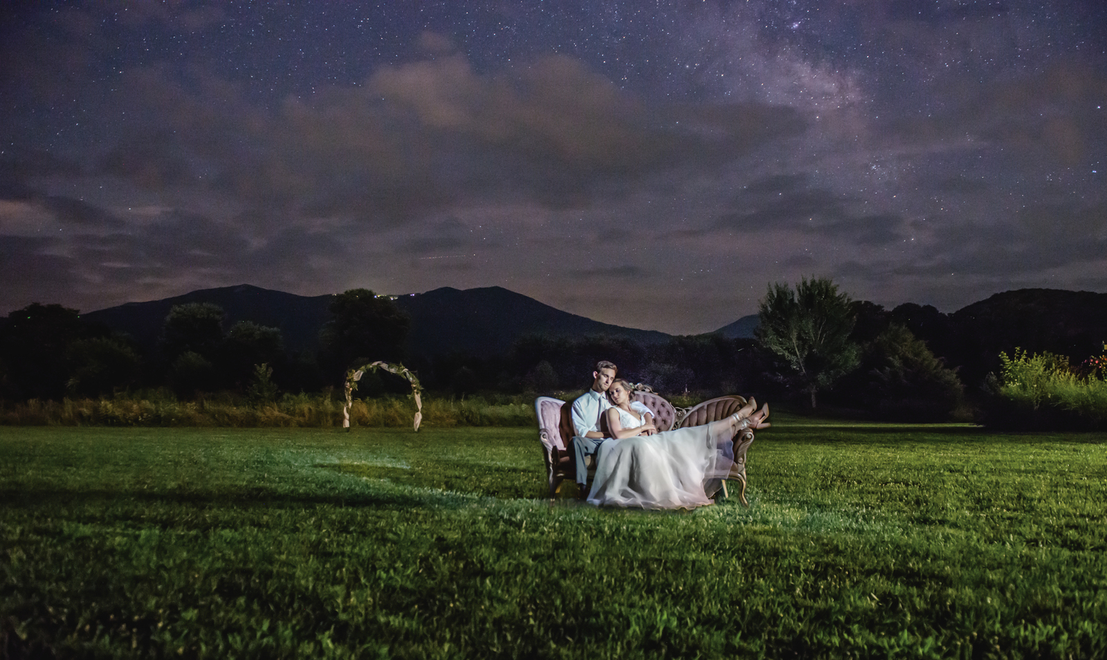 wedding photography by swadley studio in luray va at khimaira farm